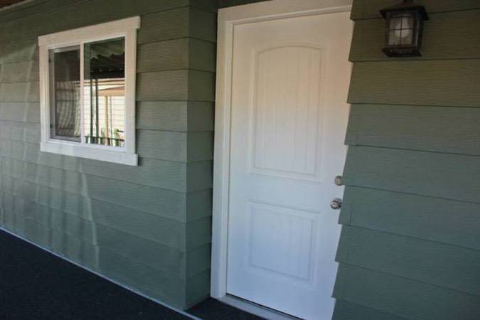 The ultimate mobile home skirting guide mobile home living for Replacement interior doors for mobile homes