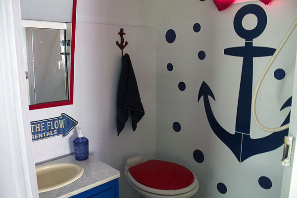 3 Cute Camper Decorating Ideas -bathroom after