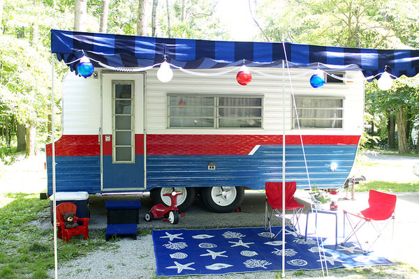 3 Cute Camper Decorating Ideas -exterior after