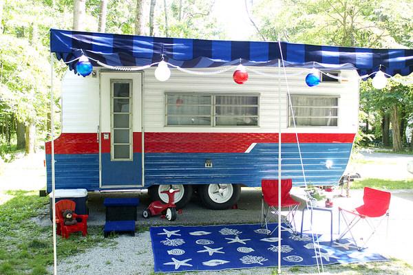 3 Cute Camper Decorating Ideas -exterior after