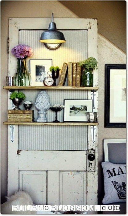 reusing old doors in primitive country decor