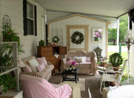 romantic mobile home exterior decor 2