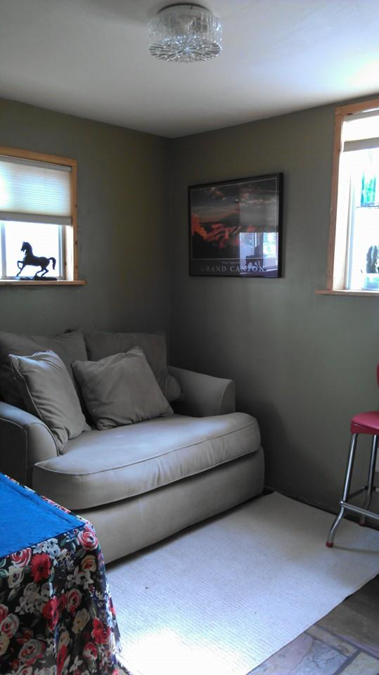 mobile home decor-spare bedroom in sante fe mobile home remodel