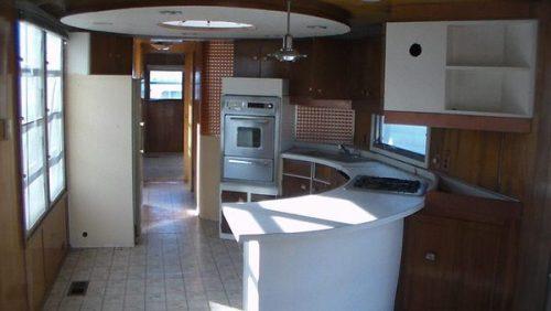 spartan carousel-kitchen