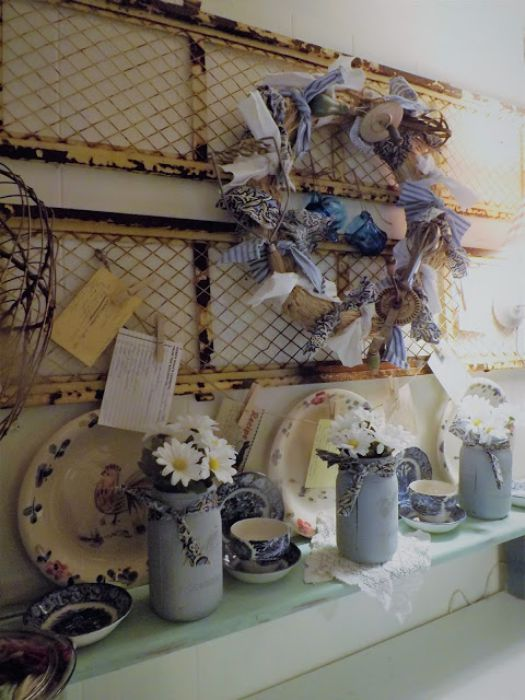Vintage Farmhouse Decor in a Mobile Home - rustic wire wall display