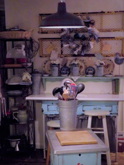vintage Farmhouse decor in a mobile home kitchen