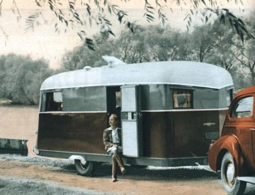 The trailer grows up - 1939 popular mechanics