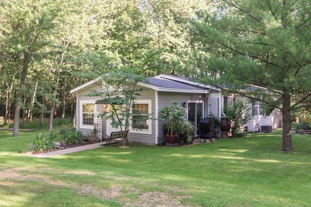 this 1997 double wide manufactured home is gorgeous - exterior view