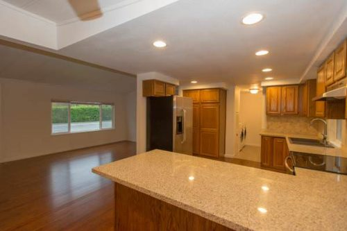 top finds in mobile homes-remodeled kitchen