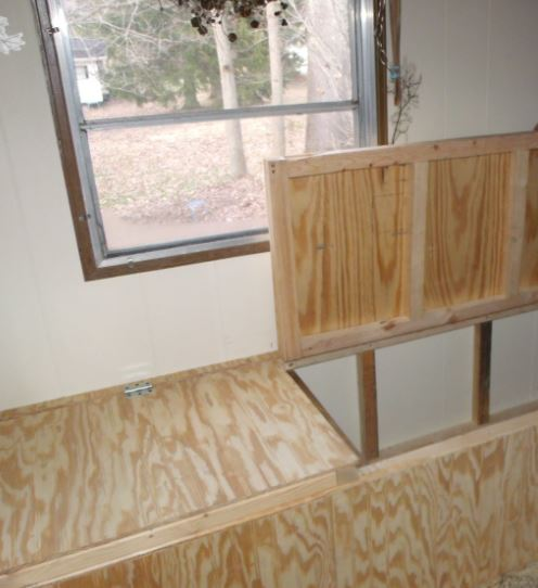 window seat - our favorite remodeling and decorating ideas for manufactured homes